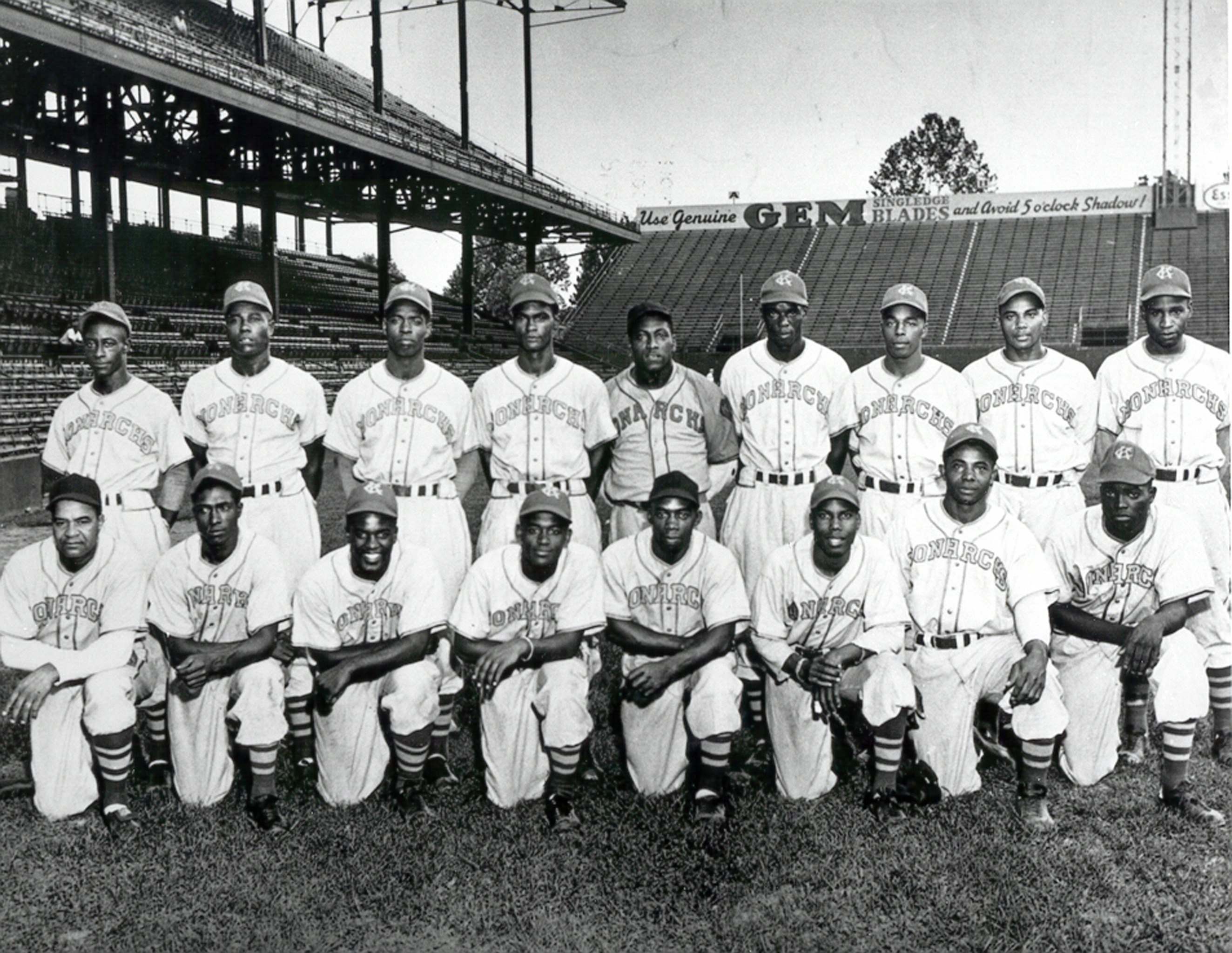 Kansas City Monarchs-200dpi-1945